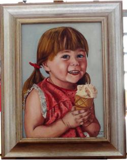 esempio di ritratto di bambina con il gelato